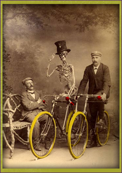 Routes Rentals & Tours - Albuquerque Haunted Bike Tour